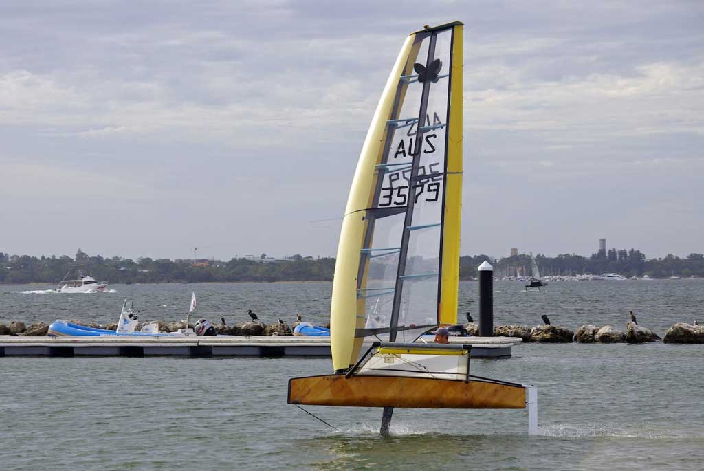 Glen Oldfield's wingsail Moth 'Whisper'. Image by Rick Steuart of Perth Sailing Photography