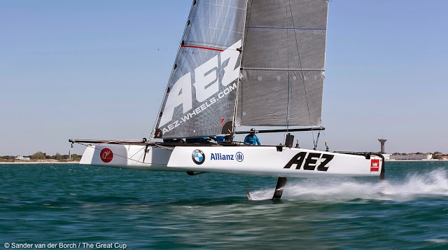 GC32 Full Foiling Catamaran